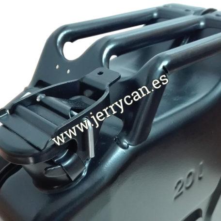 jerrycan-negra-20-litros-04